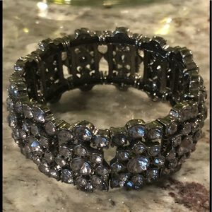 Gunmetal crystal stretch bracelet